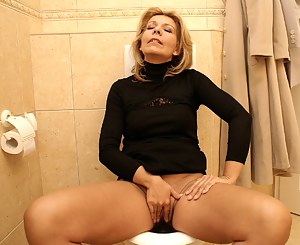Bilder porn mature Free Mature