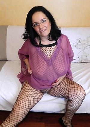 Mature Fishnet Porn Pictures