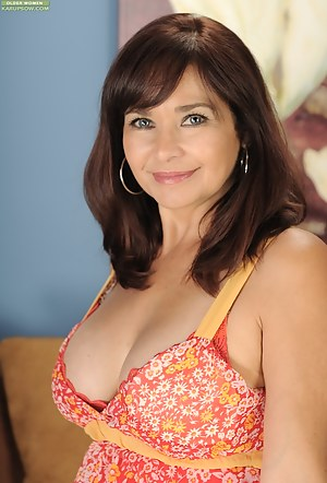 Mature Beauty Porn Pictures