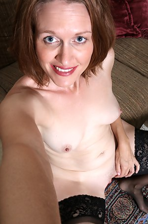 Mature Selfshot Porn Pictures