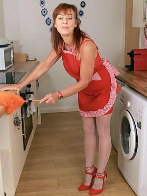Mature Maid Porn Pictures