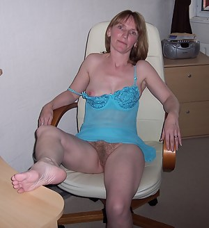 Mature Girlfriend Porn Pictures
