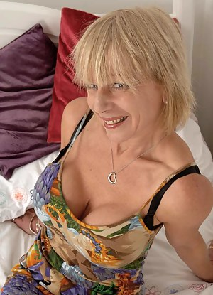 Mature Fake Tits Porn Pictures