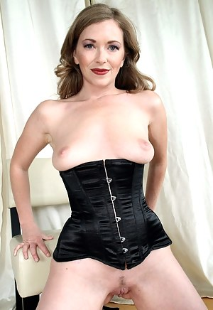 Mature Corset Porn Pictures