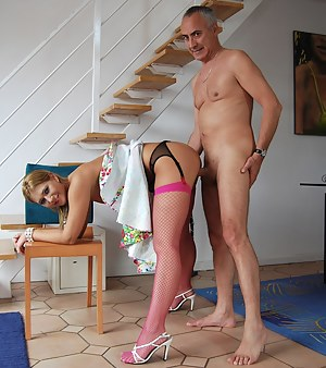 Mature Standing Porn Pictures
